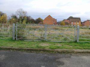 estate-railing-gate